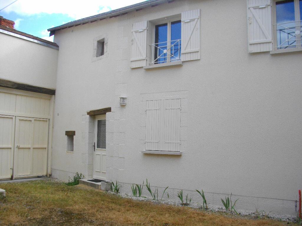 Maison à louer 2 37.72m2 à Bourges vignette-3