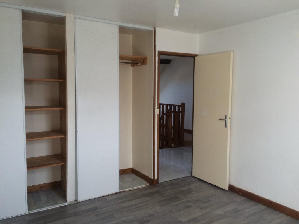 Appartement à louer 5 84.8m2 à Nevers vignette-5