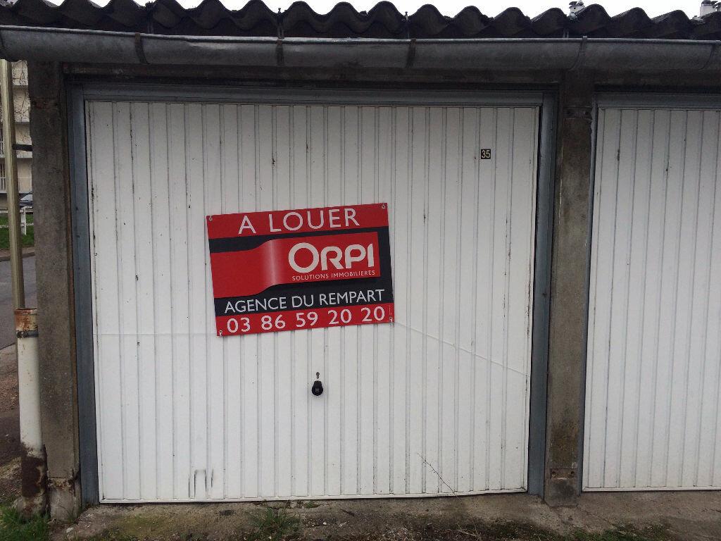 Stationnement à louer 0 12m2 à Nevers vignette-3