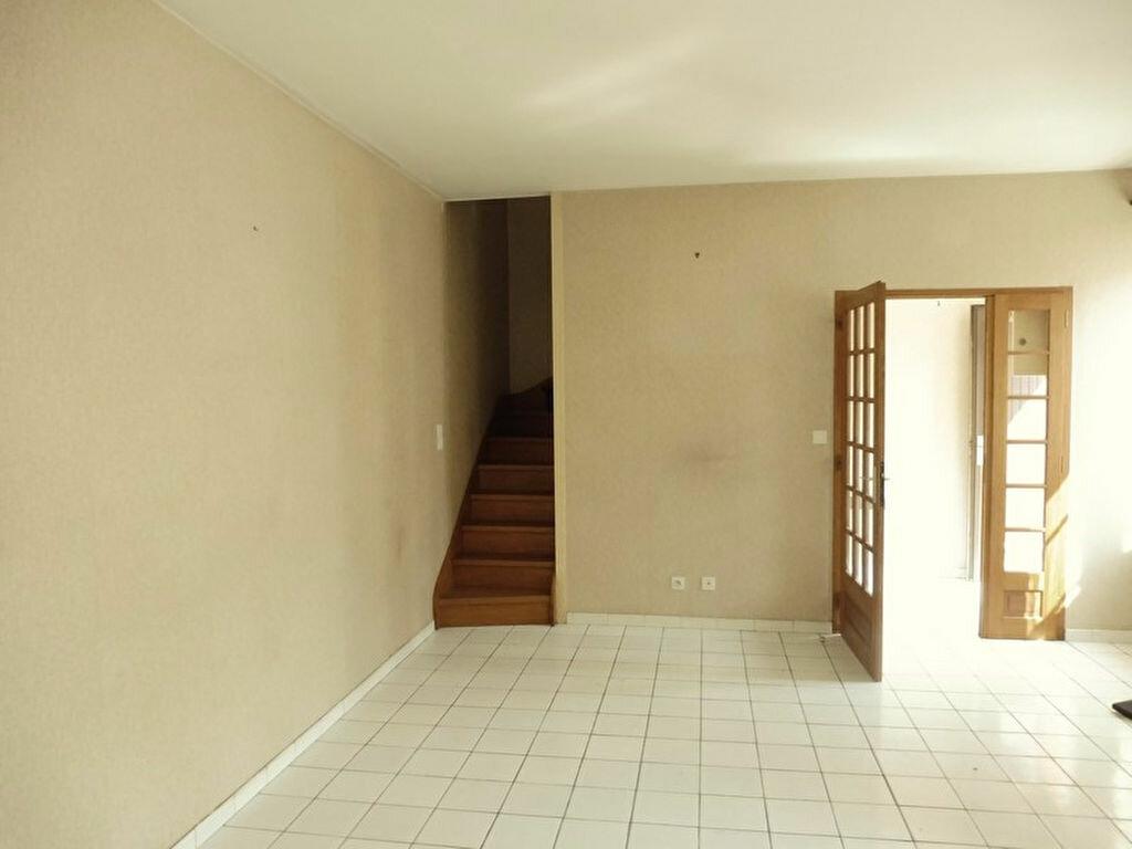 Maison à vendre 3 102m2 à Decize vignette-2
