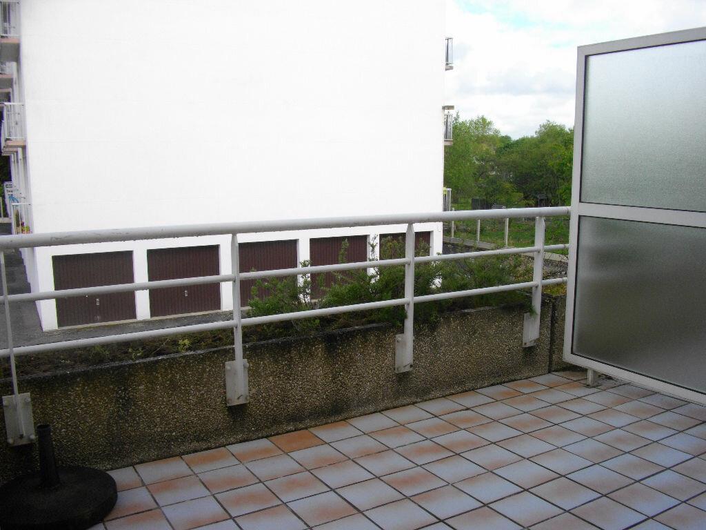 Appartement à louer 2 49.21m2 à Bourges vignette-3