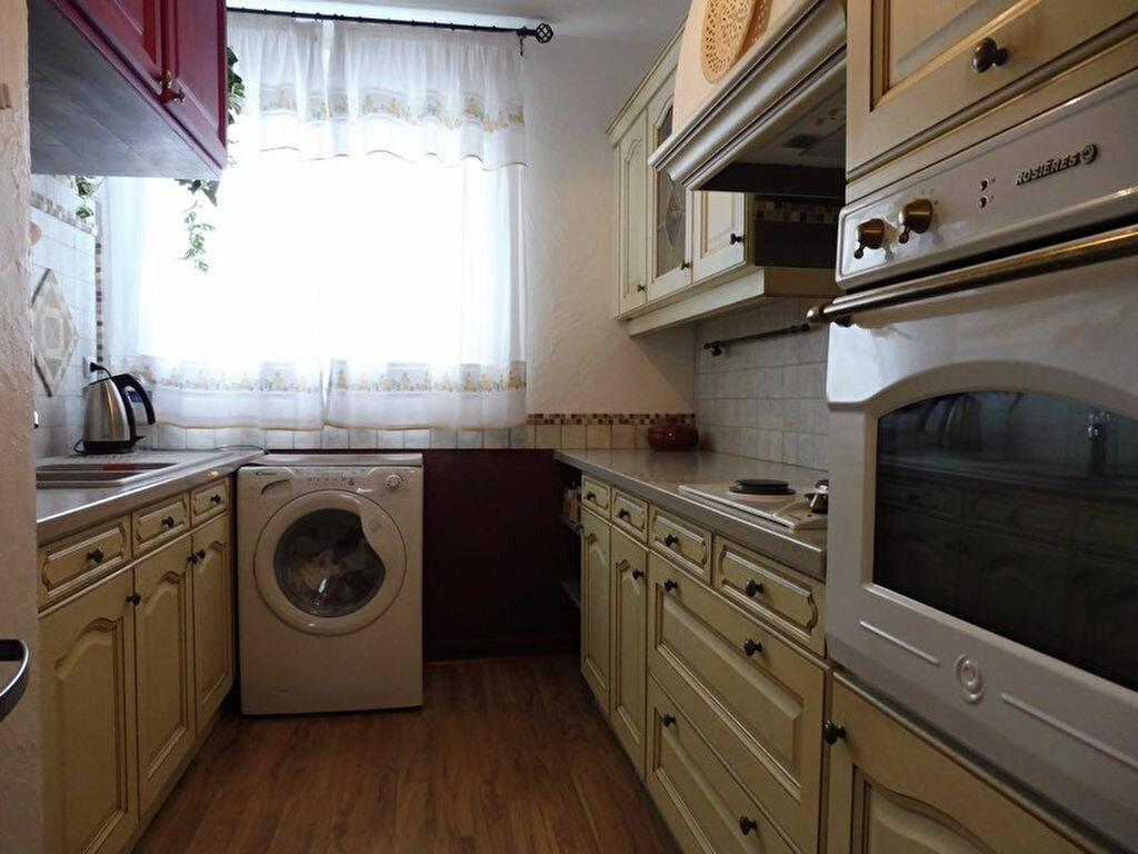Appartement à vendre 4 73.2m2 à Cercy-la-Tour vignette-3