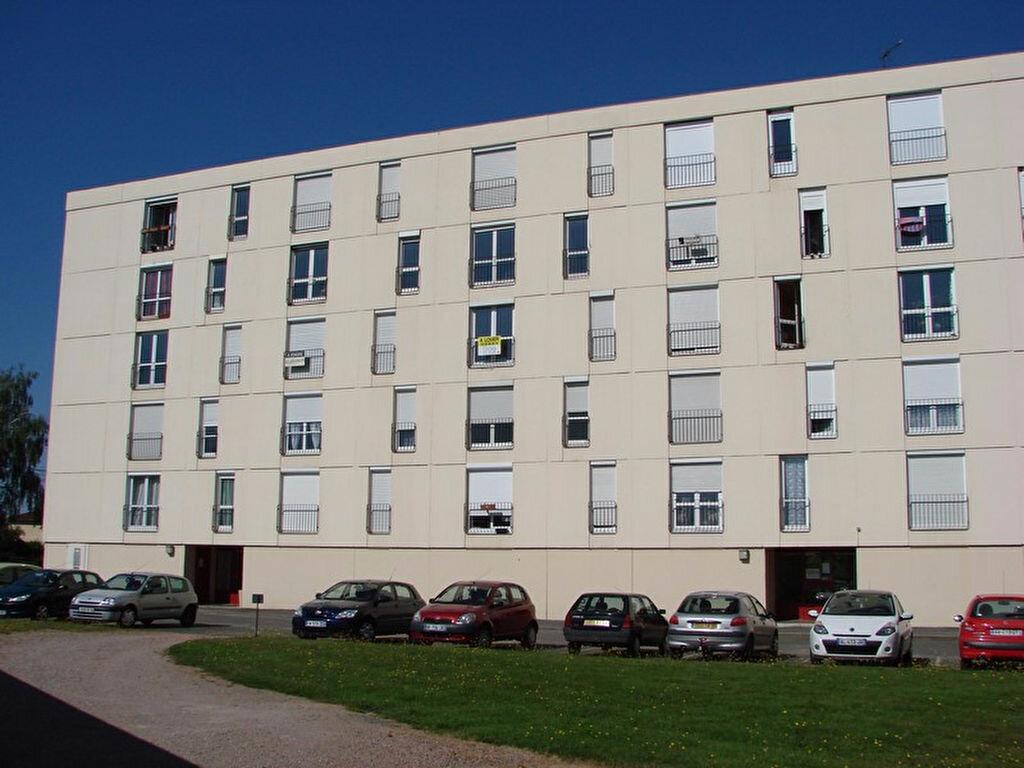 Appartement à vendre 4 73.2m2 à Cercy-la-Tour vignette-5