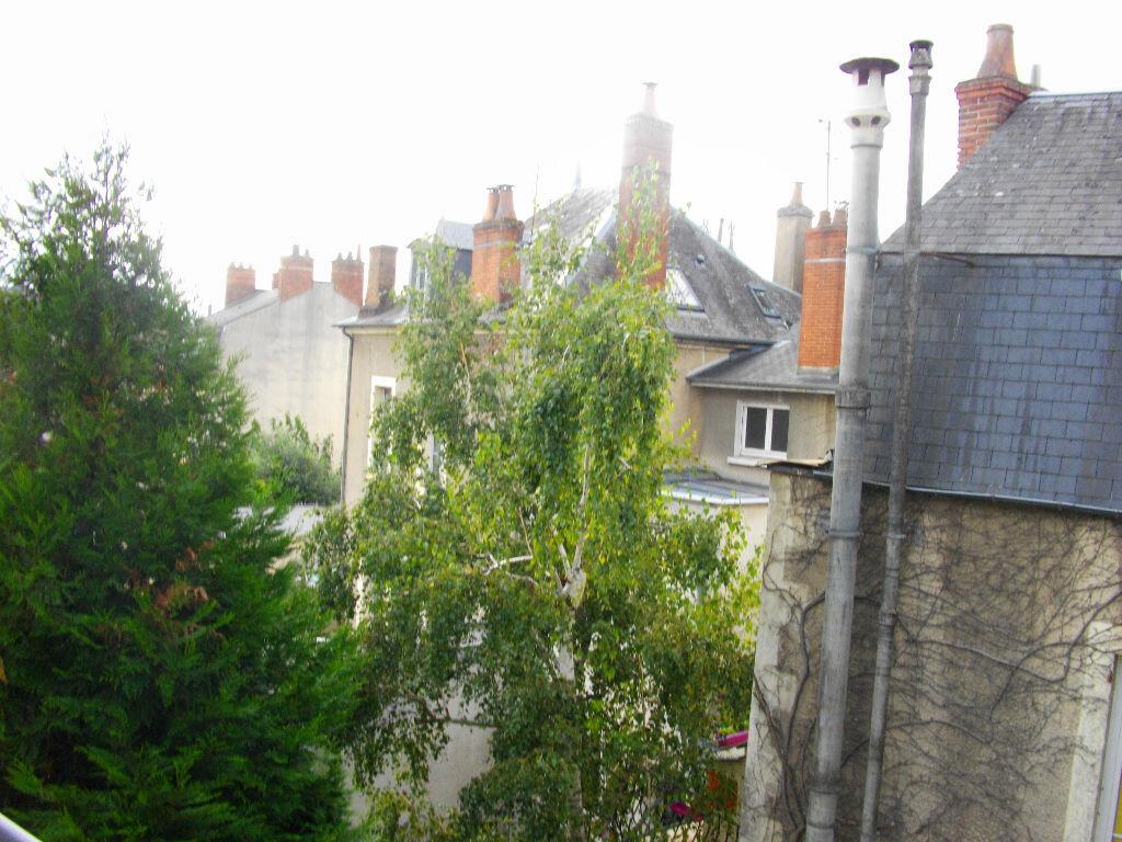 Appartement à louer 2 31.02m2 à Bourges vignette-8