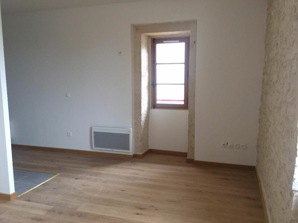 Appartement à louer 2 39.77m2 à Nevers vignette-4