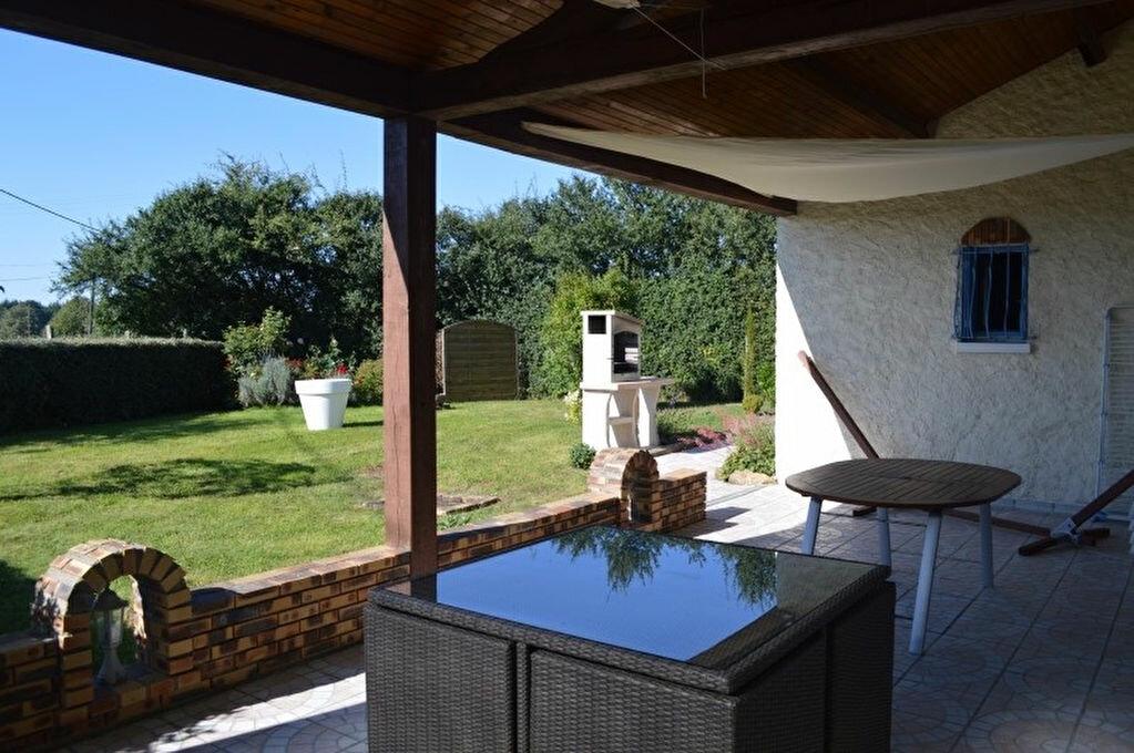 Maison à vendre 6 108m2 à Montambert vignette-4