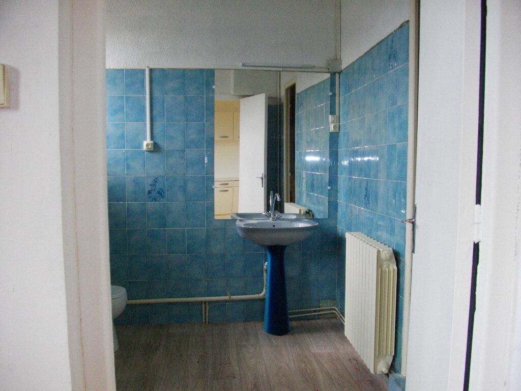 Appartement à louer 3 80m2 à Vierzon vignette-7