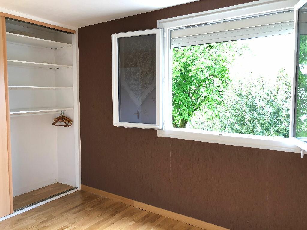Appartement à louer 3 60.84m2 à Nevers vignette-1