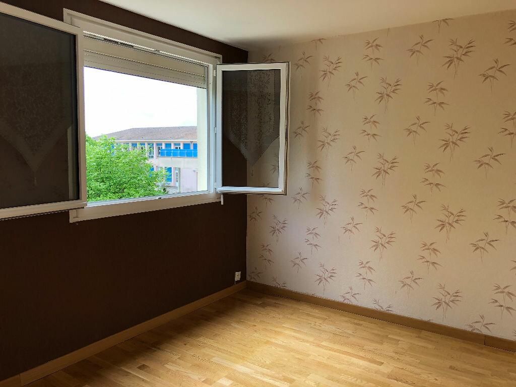 Appartement à louer 3 60.84m2 à Nevers vignette-8