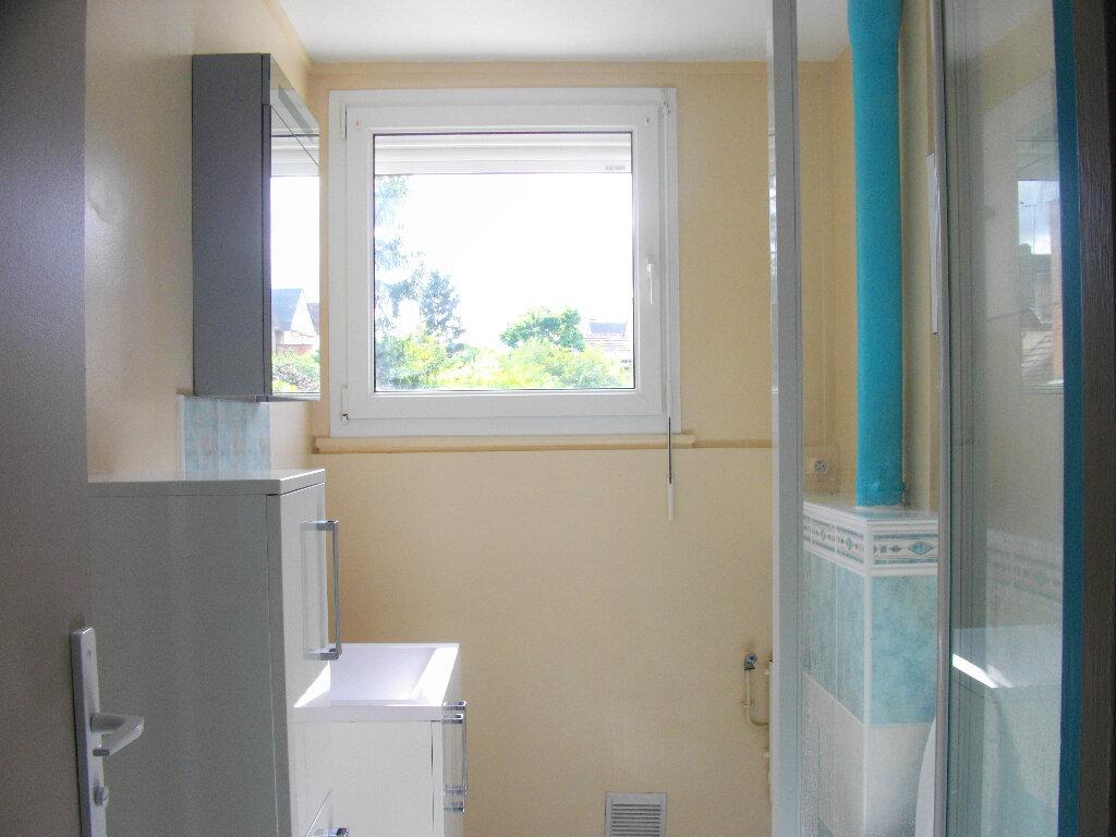 Appartement à louer 3 56.2m2 à Bourges vignette-5