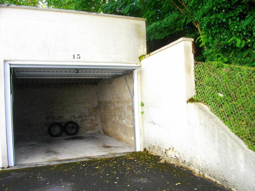 Appartement à louer 3 56.2m2 à Bourges vignette-7