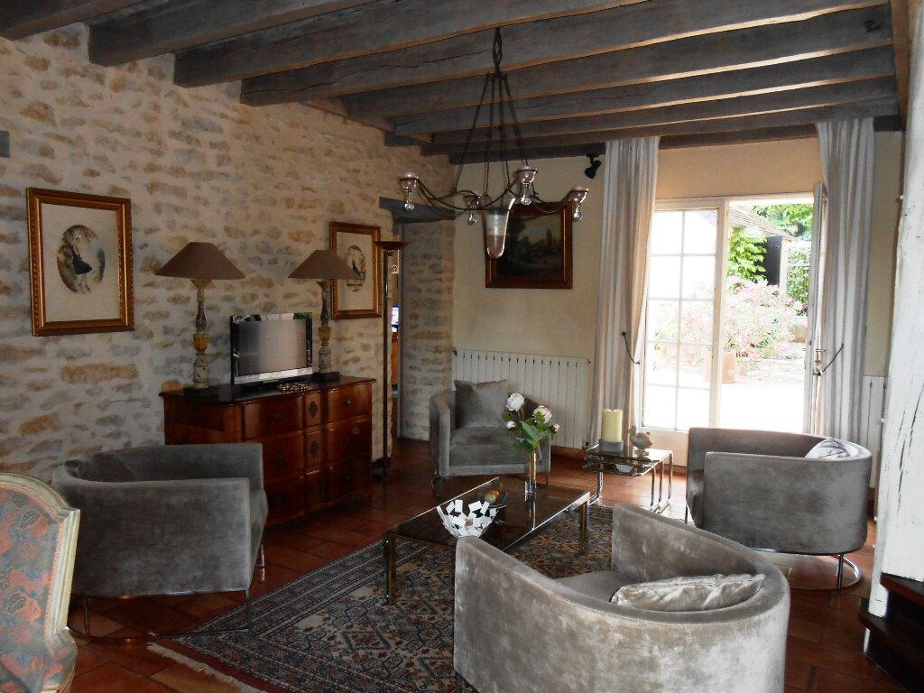 Maison à vendre 7 290m2 à Fourchambault vignette-1