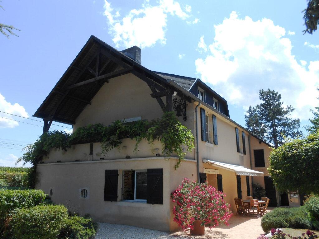 Maison à vendre 7 290m2 à Fourchambault vignette-4