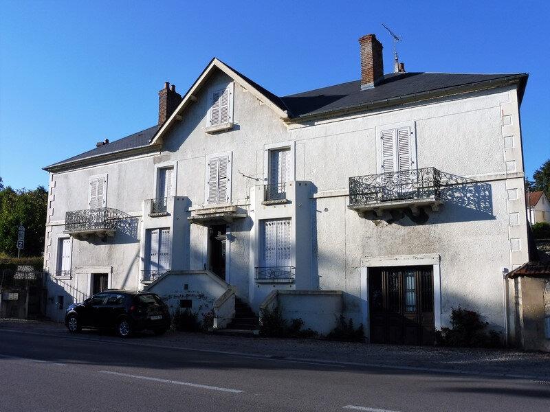 Maison à vendre 16 364m2 à Saint-Léger-des-Vignes vignette-1