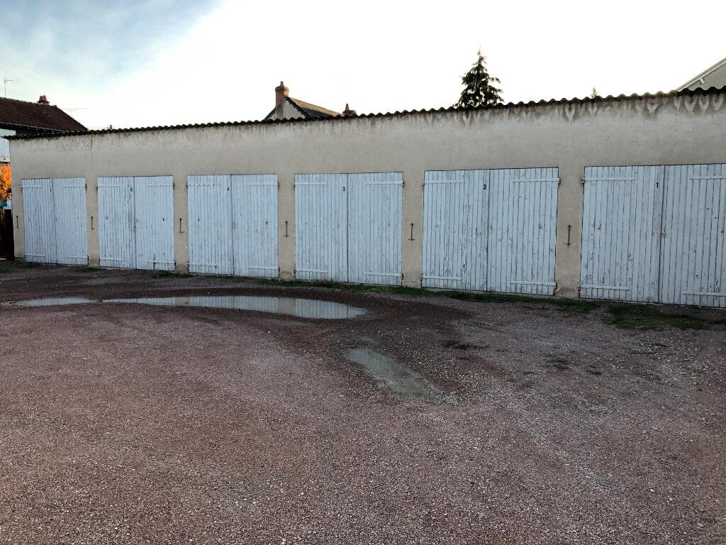 Stationnement à louer 0 12m2 à Nevers vignette-2