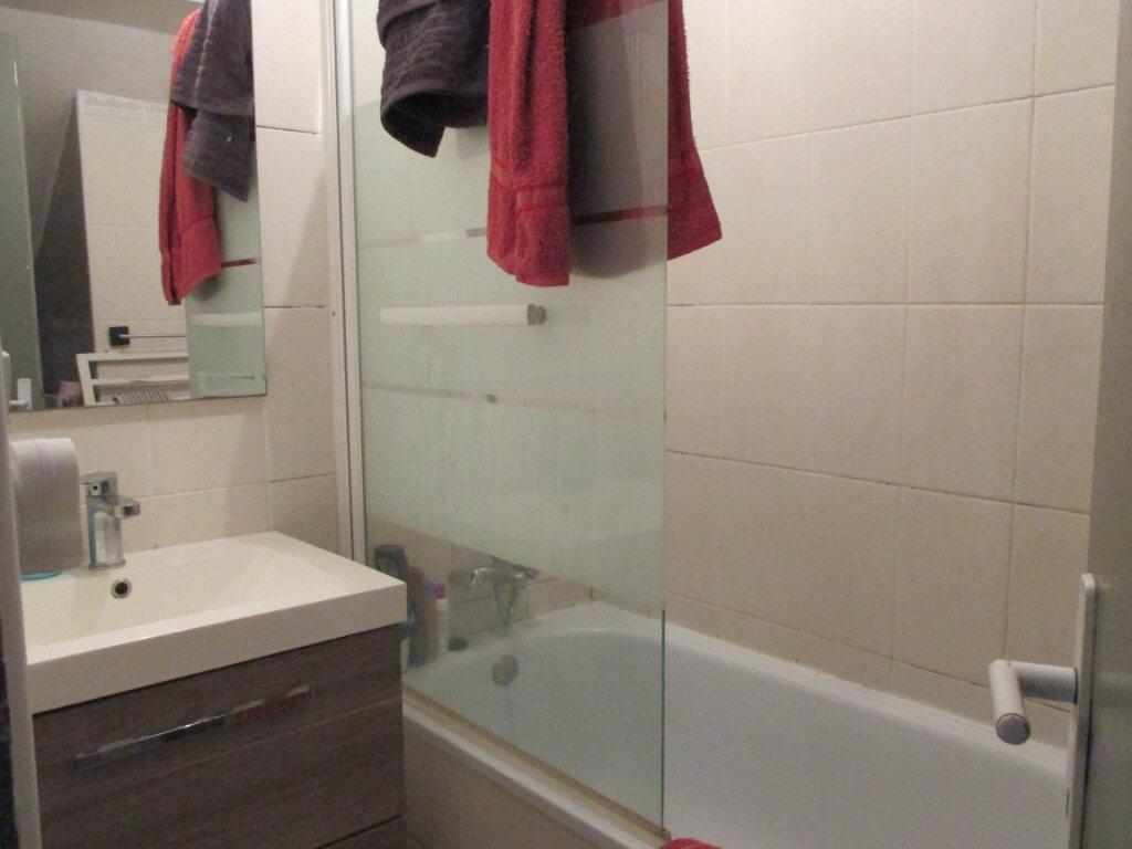 Appartement à vendre 3 50m2 à Bourges vignette-11