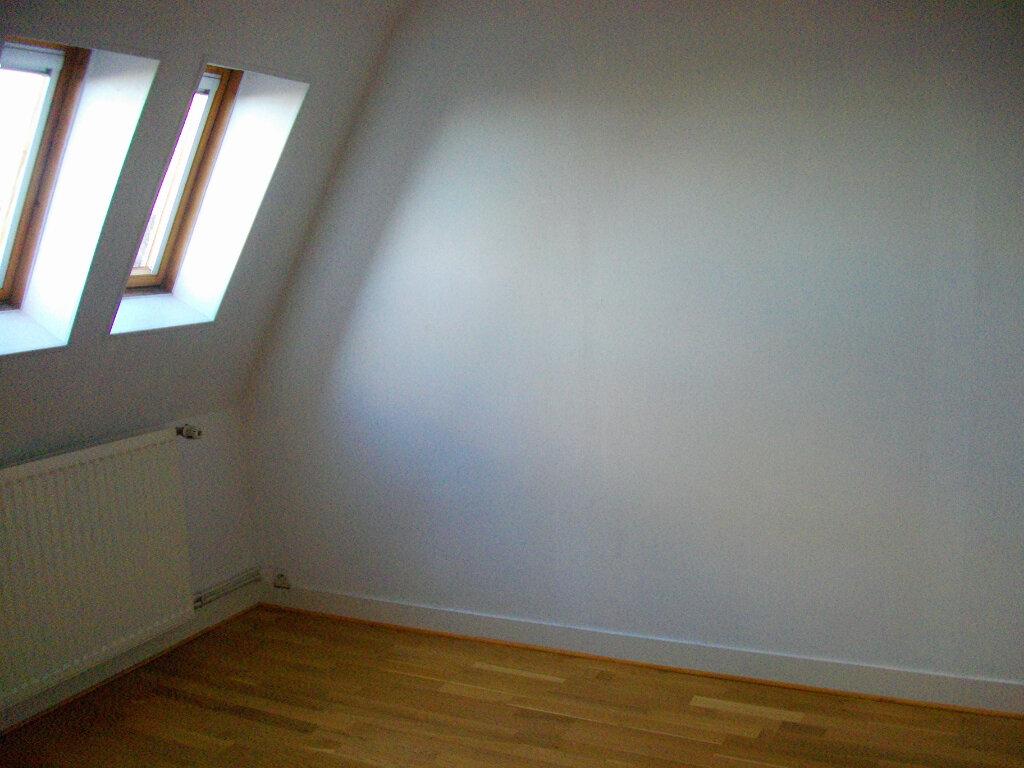Appartement à louer 4 95.08m2 à Bourges vignette-8