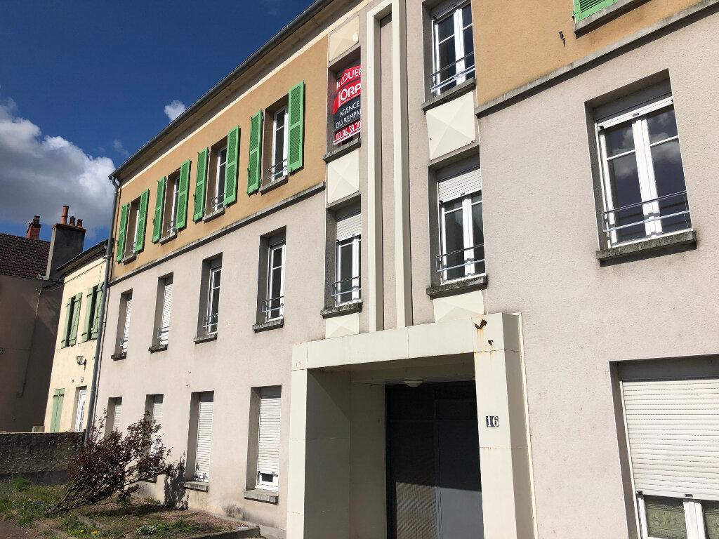Appartement à louer 3 40m2 à Nevers vignette-3