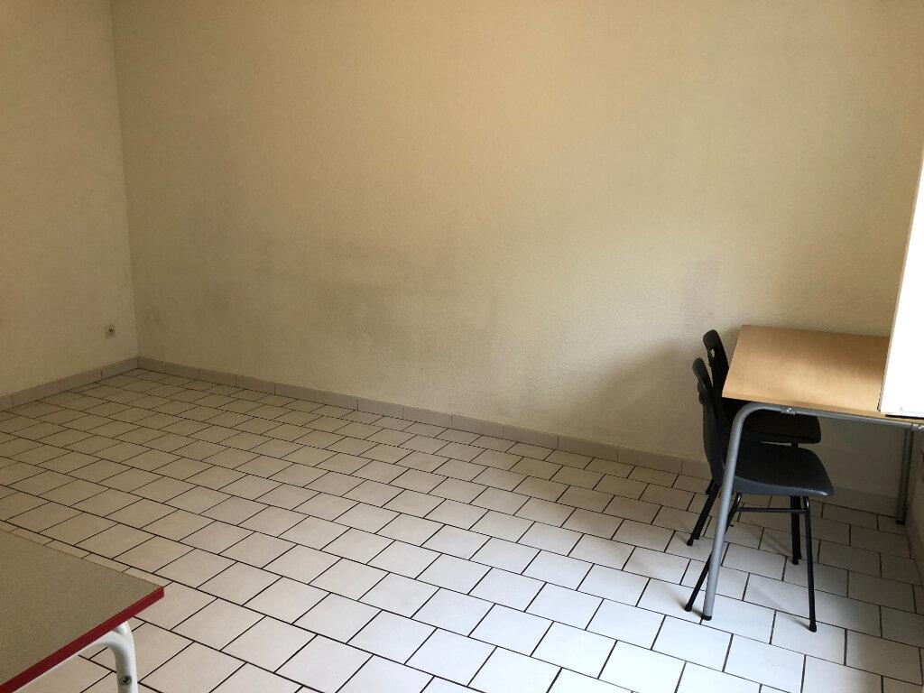 Appartement à louer 2 35m2 à Nevers vignette-7