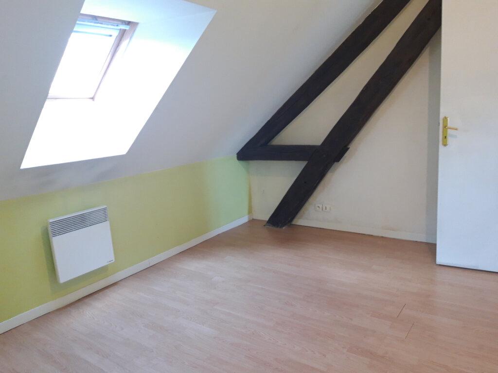 Appartement à louer 3 70m2 à Saint-Léger-des-Vignes vignette-2