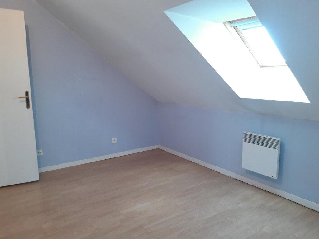 Appartement à louer 3 70m2 à Saint-Léger-des-Vignes vignette-7