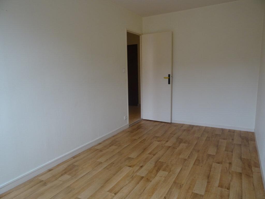 Appartement à vendre 4 79m2 à Nevers vignette-4