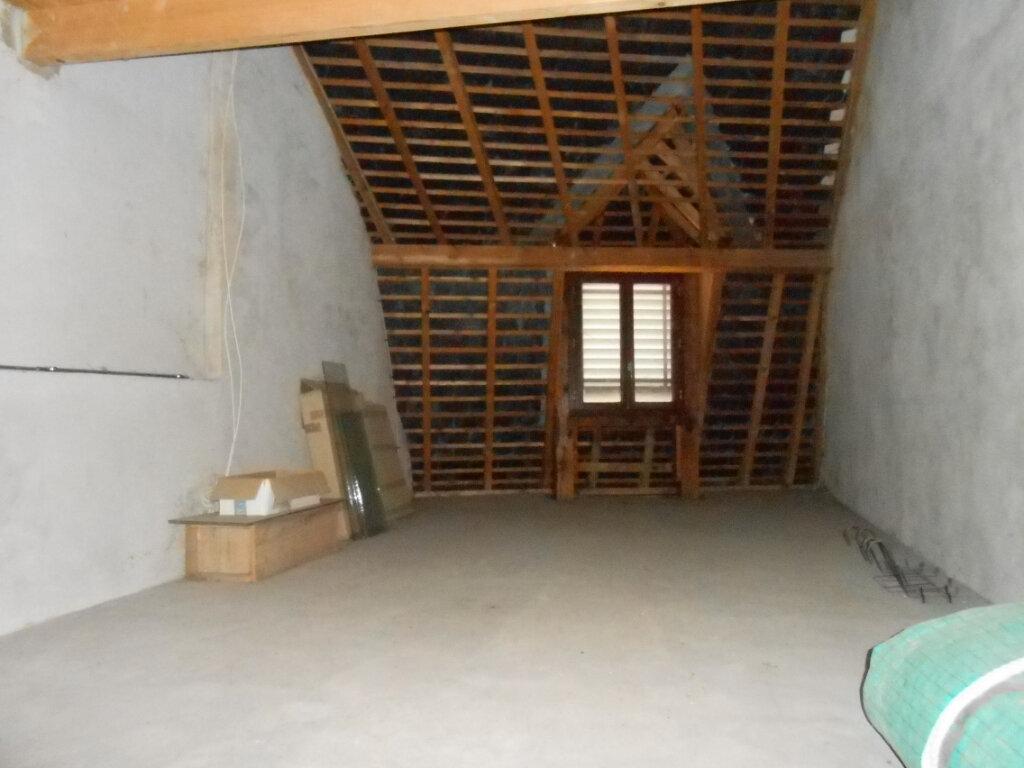 Maison à vendre 5 180m2 à Nevers vignette-11