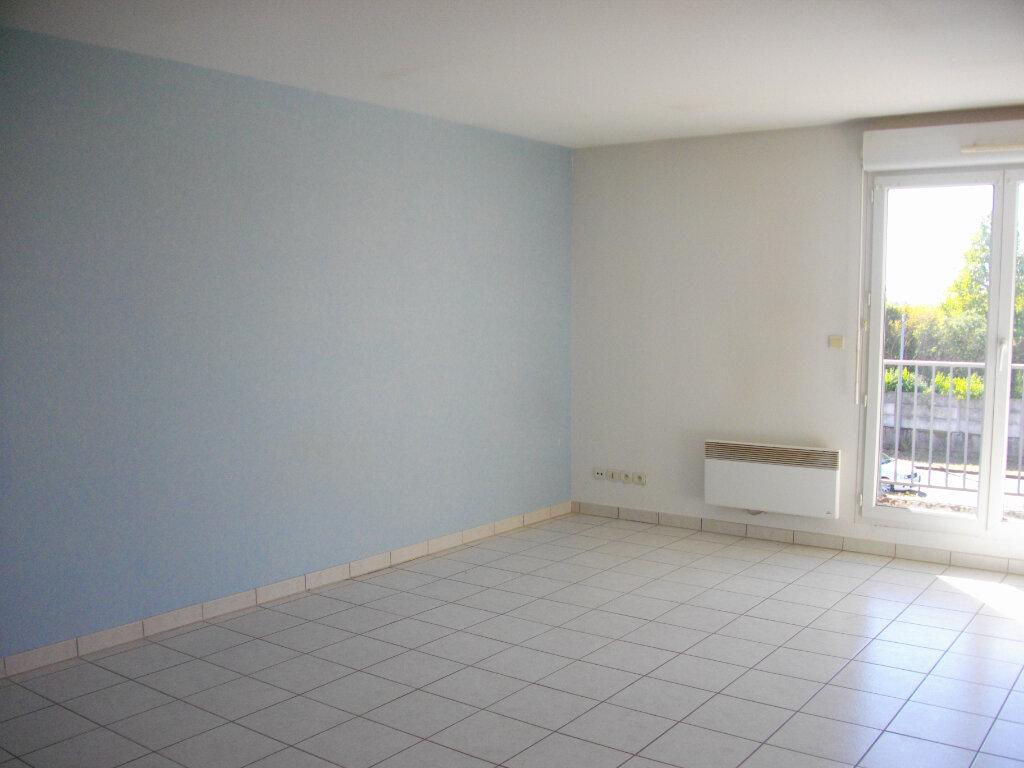 Appartement à louer 2 48.35m2 à Bourges vignette-1
