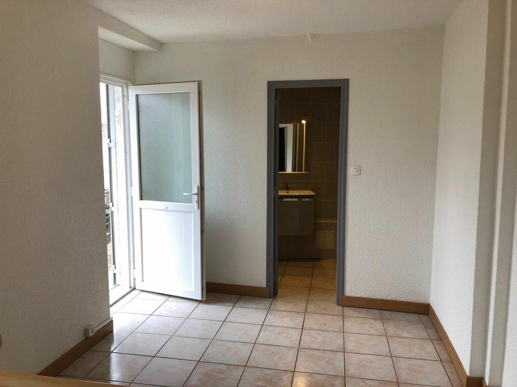 Appartement à louer 2 25m2 à Nevers vignette-4