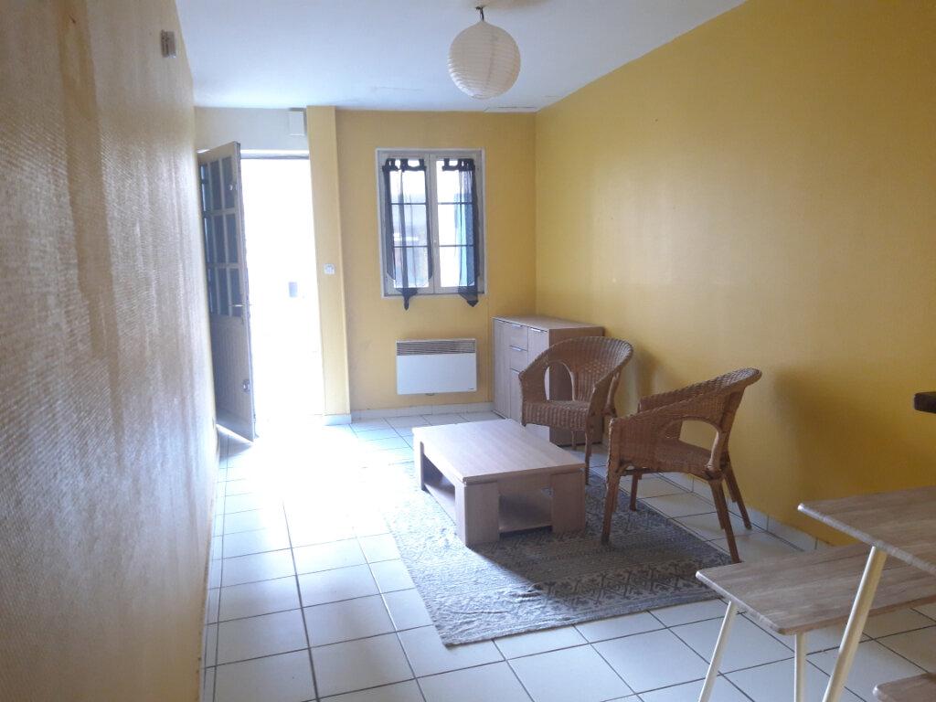 Appartement à louer 2 29.17m2 à Nevers vignette-1