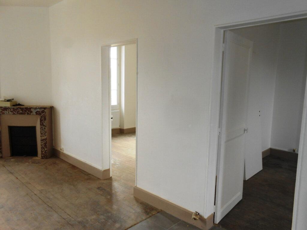 Appartement à vendre 3 46m2 à Nevers vignette-3