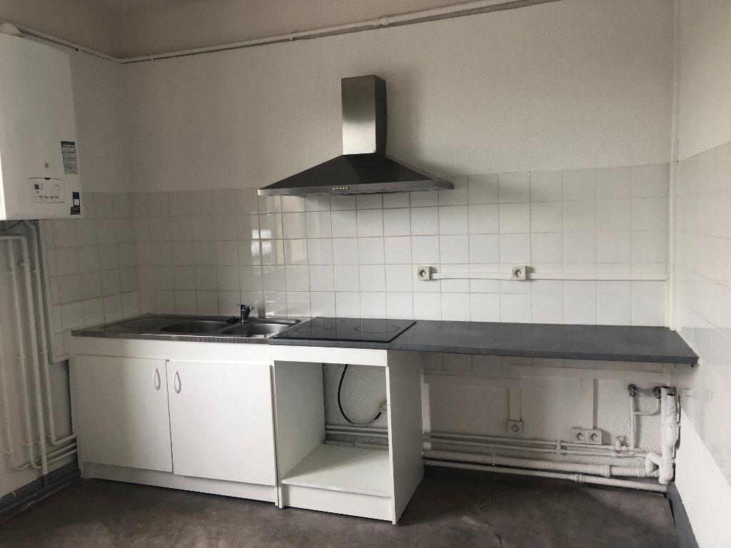 Appartement à louer 4 95m2 à Nevers vignette-2