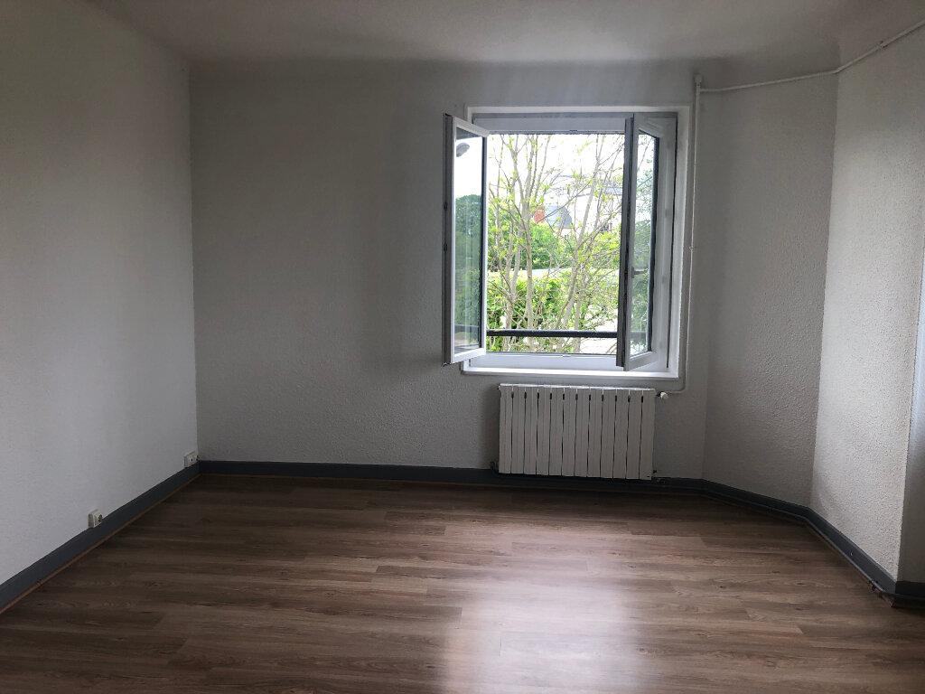 Appartement à louer 4 95m2 à Nevers vignette-3