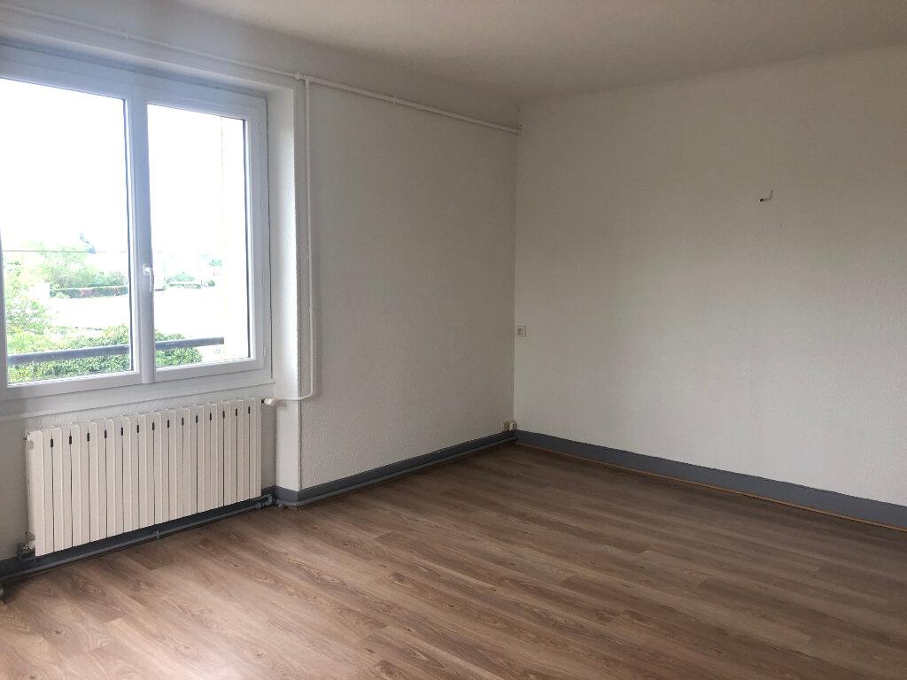 Appartement à louer 4 95m2 à Nevers vignette-4
