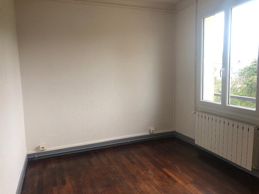 Appartement à louer 4 95m2 à Nevers vignette-9