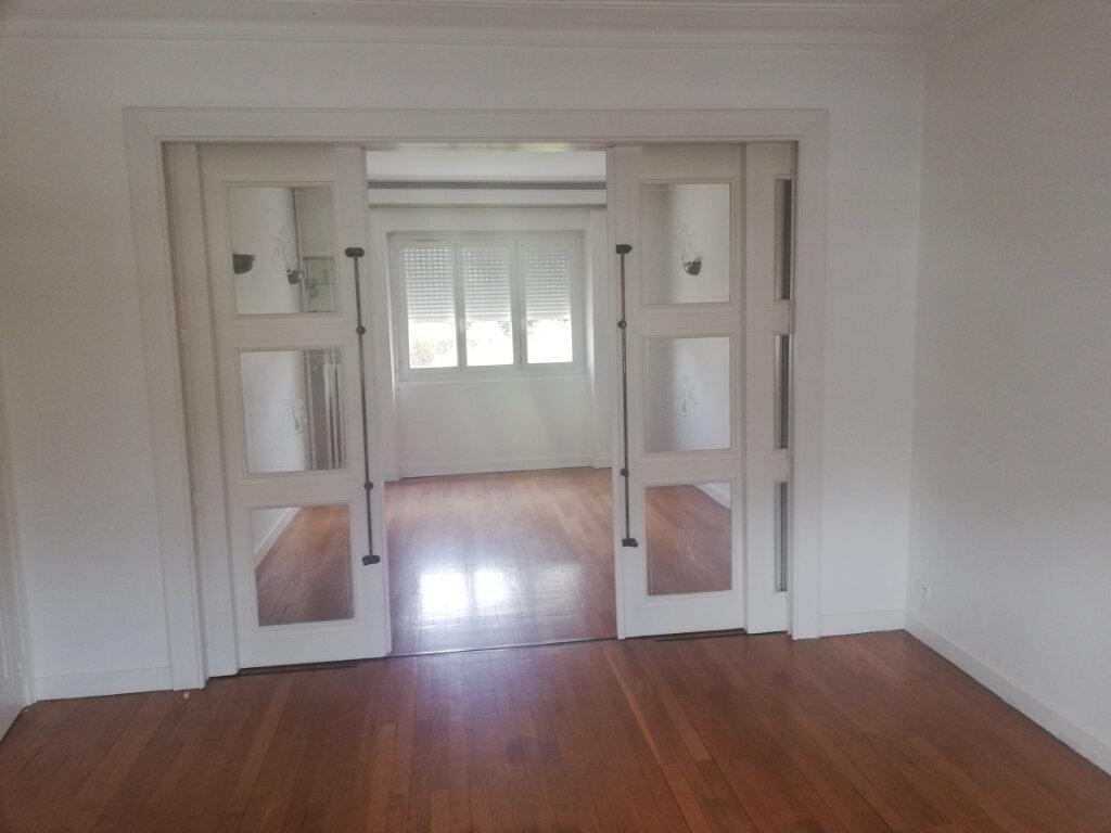Appartement à louer 3 67m2 à Châteauroux vignette-6