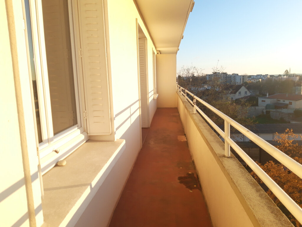 Appartement à vendre 3 70m2 à Nevers vignette-1