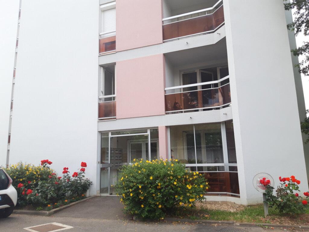 Appartement à louer 3 70.31m2 à Nevers vignette-4