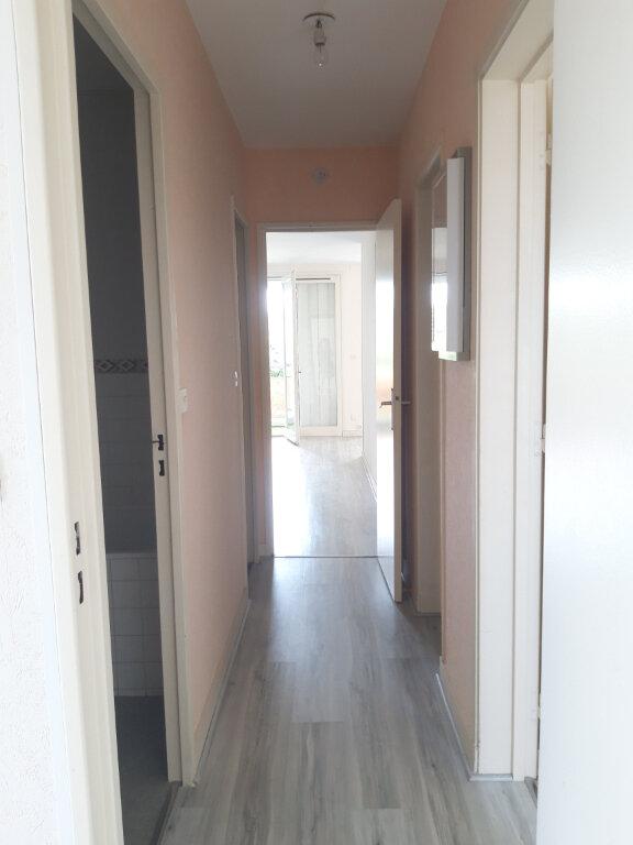 Appartement à louer 3 70.31m2 à Nevers vignette-12