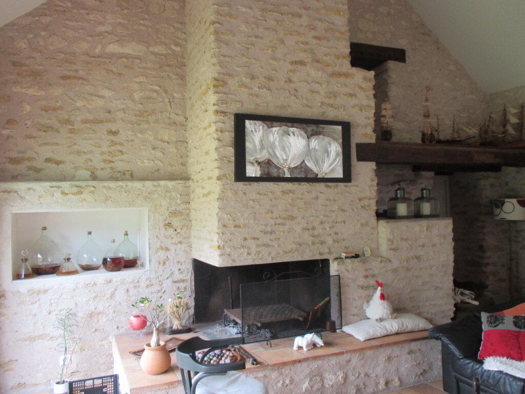 Maison à vendre 10 301m2 à Mehun-sur-Yèvre vignette-2