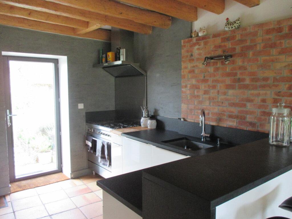 Maison à vendre 10 301m2 à Mehun-sur-Yèvre vignette-3