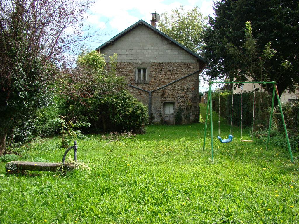 Maison à vendre 5 112m2 à La Jonchère-Saint-Maurice vignette-2