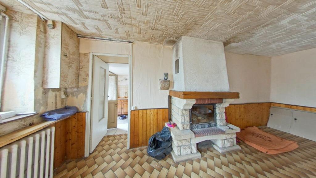 Maison à vendre 6 123m2 à Les Billanges vignette-1