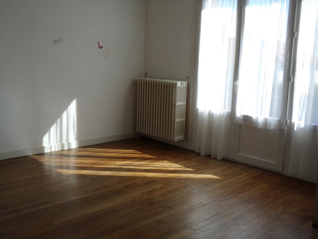 Maison à vendre 4 66m2 à Ambazac vignette-11