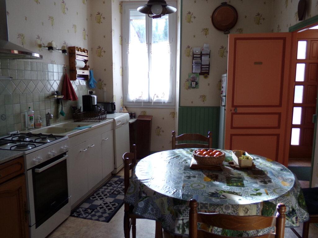 Maison à vendre 7 153m2 à Razès vignette-6