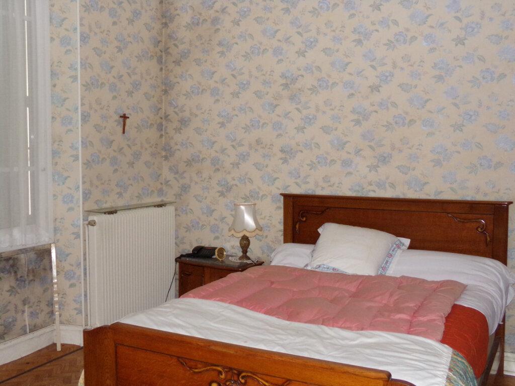 Maison à vendre 5 76m2 à Saint-Sulpice-Laurière vignette-6