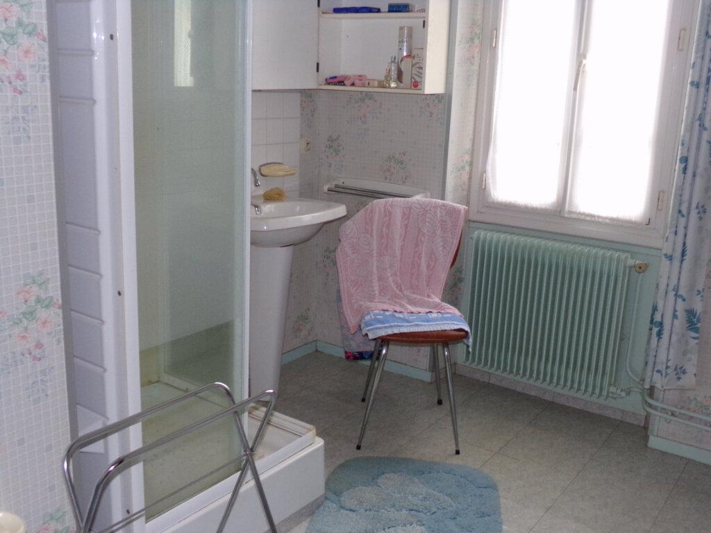 Maison à vendre 5 76m2 à Saint-Sulpice-Laurière vignette-8