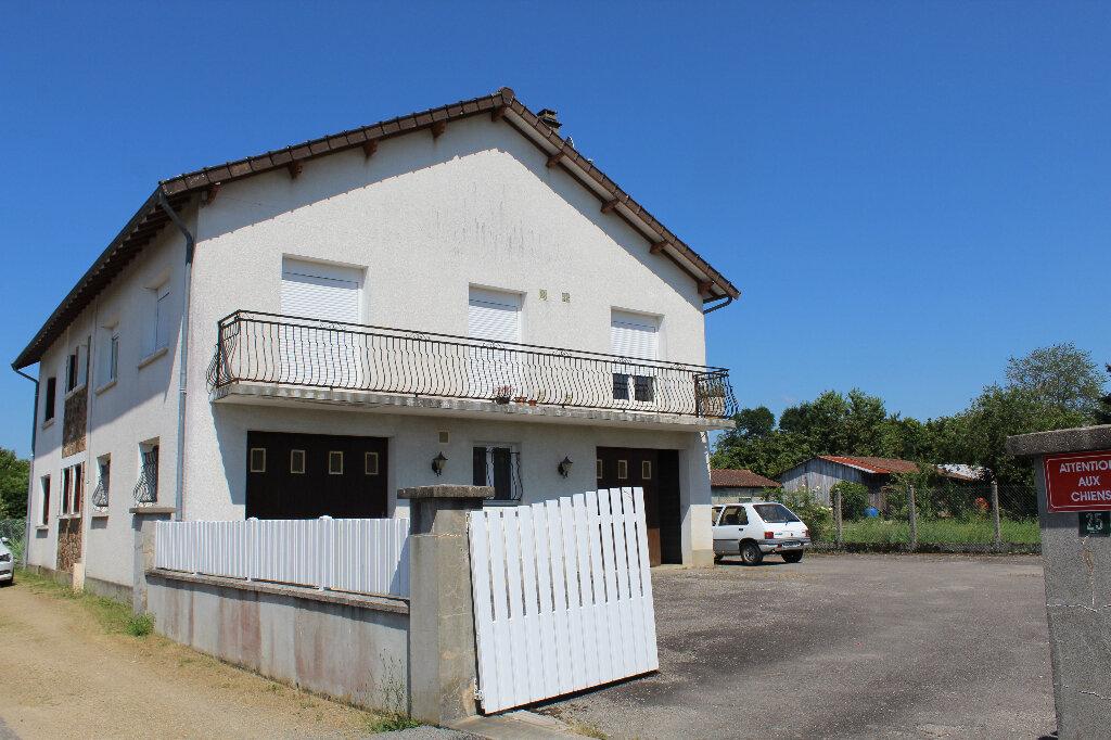 Maison à vendre 8 182.9m2 à Saint-Priest-Taurion vignette-3