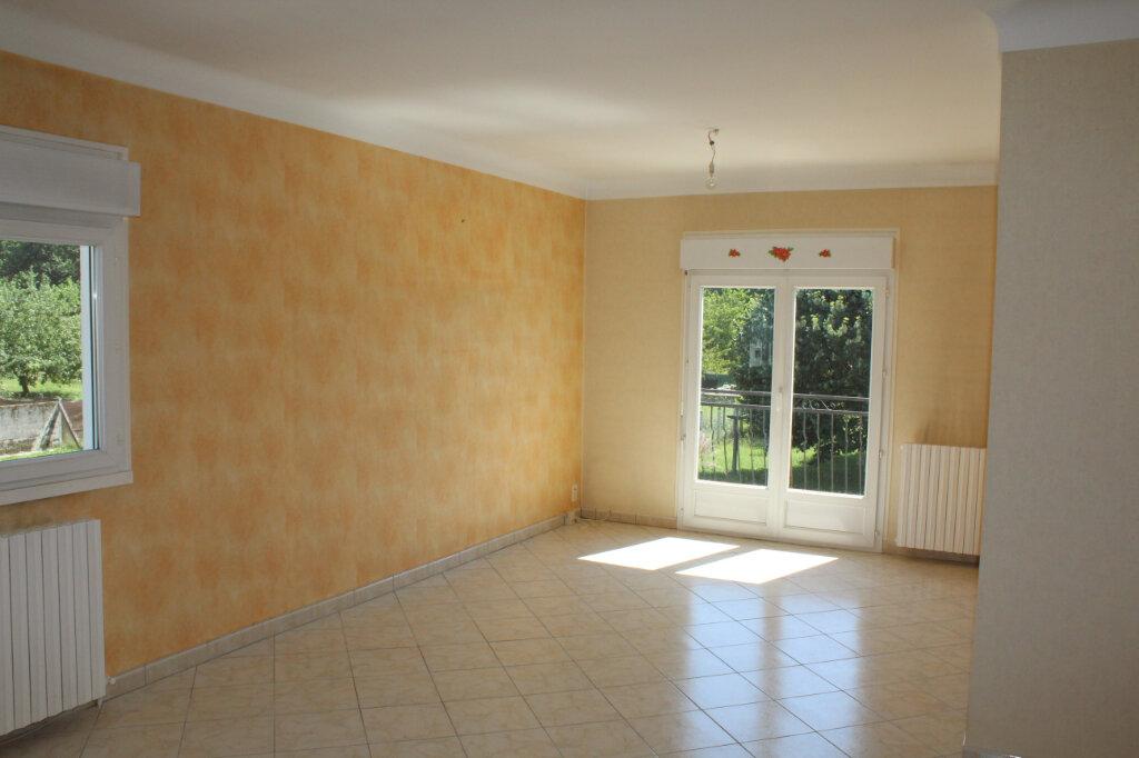 Maison à vendre 8 182.9m2 à Saint-Priest-Taurion vignette-5
