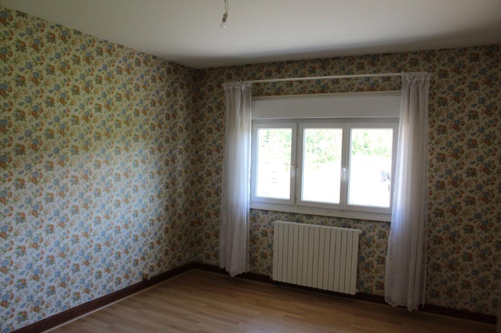Maison à vendre 8 182.9m2 à Saint-Priest-Taurion vignette-8